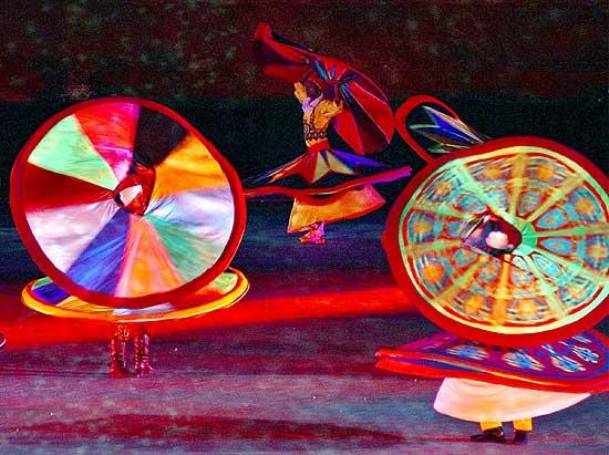 DERVISCI La danza orientale