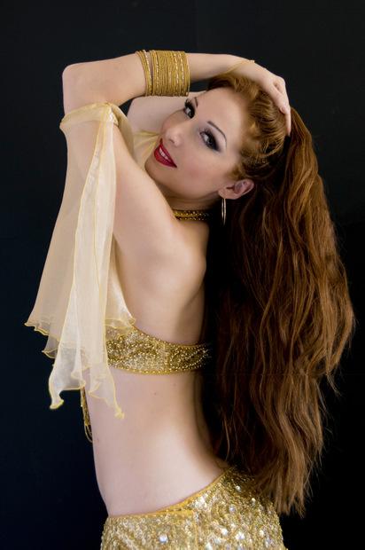 Sara Amany danzatrice e coreografa