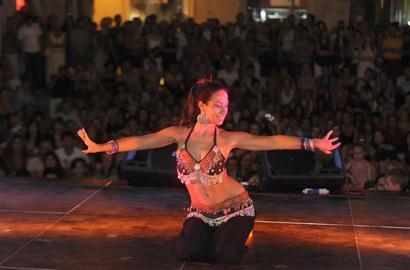 Carlotta Menna danza del ventre