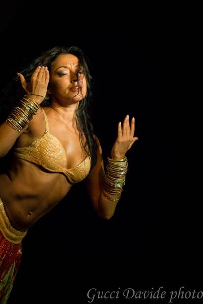 Gaia Scuderi Danza Espressiva Araba